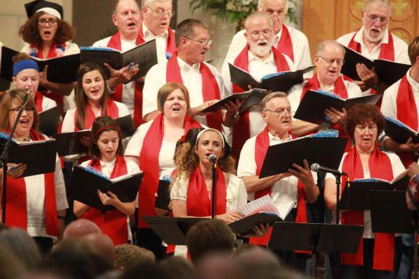 013 Combined Christian Choir Summer 2014.jpg