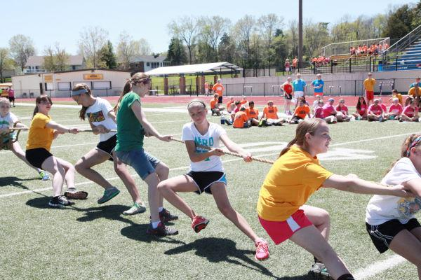 039 7th and 8th Grade Track and Field.jpg