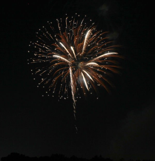 031 Washington MO Fireworks.jpg