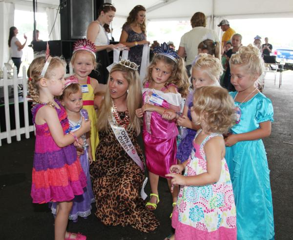 014 Queen for a Day 2014.jpg