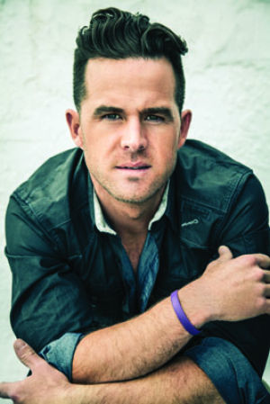 David Nail Will Bring 'Fire' to the Main Stage