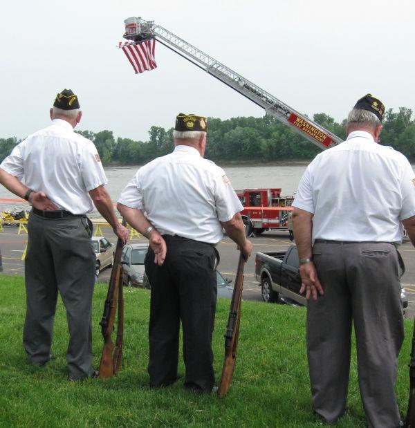005 Memorial Day Service Washington.jpg