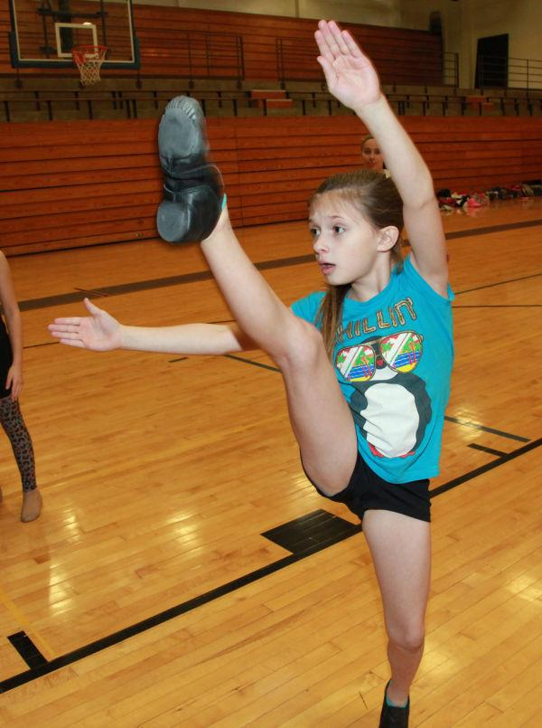 032 SFBRHS Dance Clinic 2014.jpg