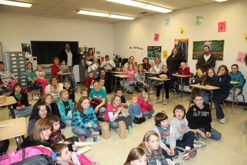 011 Family Reading Night 2012.jpg