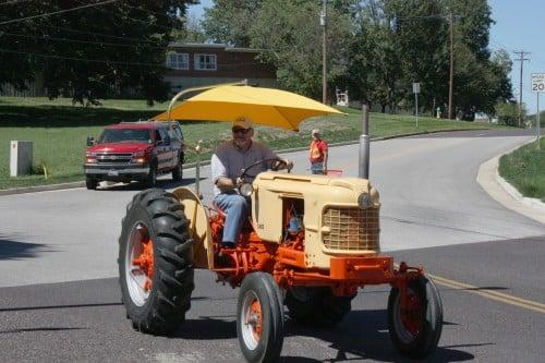 002 Tractors Union.jpg