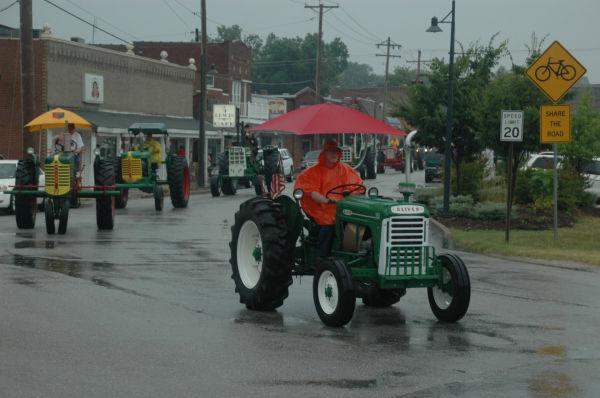017 Tractors in St Clair.jpg
