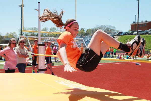 018 7th and 8th Grade Track and Field.jpg