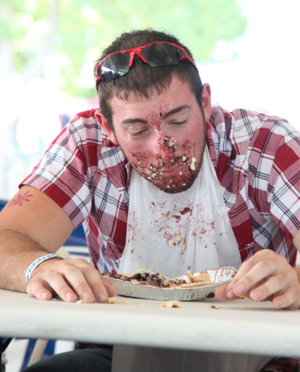 036 Pie Eating Contest 2013.jpg