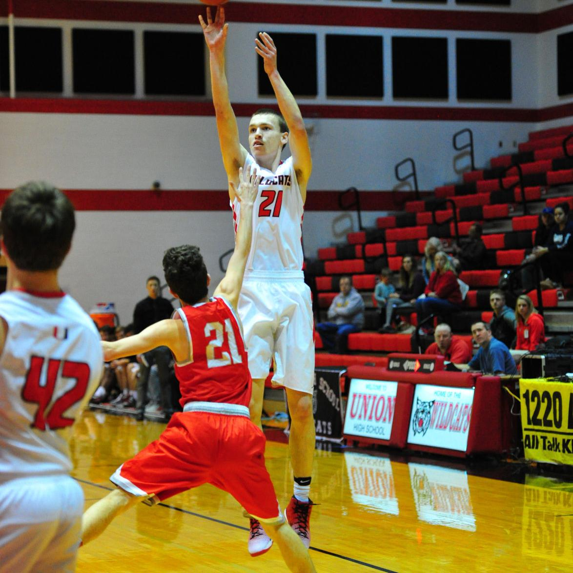 Boys Basketball — St. Clair at Union