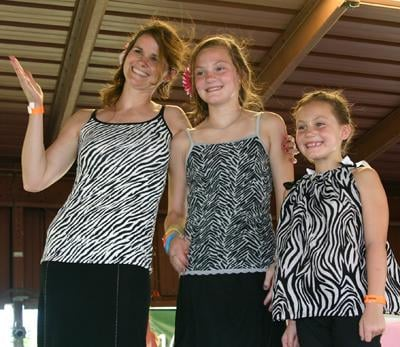 010 Fair Mother Daughter.jpg