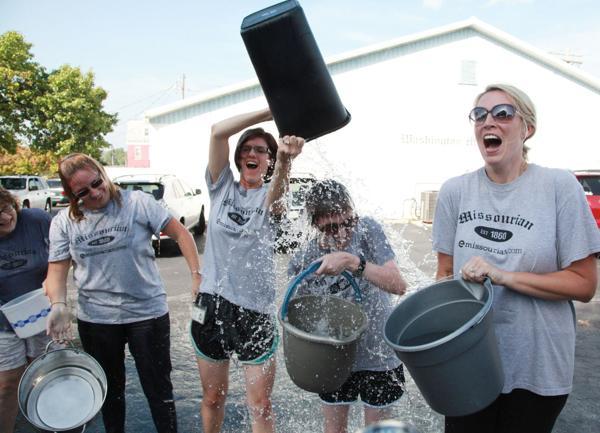 010 Washington Missourian Newspaper Ice Bucket Challenge.jpg