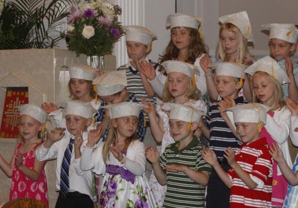 009 St. Gert Kindergarten Grad.jpg