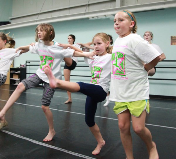 037 Little Starry Knights Dance Clinic 2014.jpg