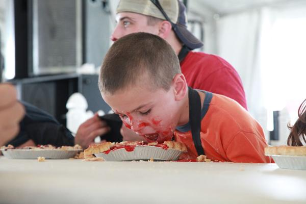 023 Pie eating Contest at fair 2014.jpg