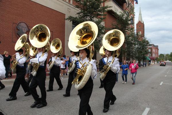 011 WHS Parade 2013.jpg