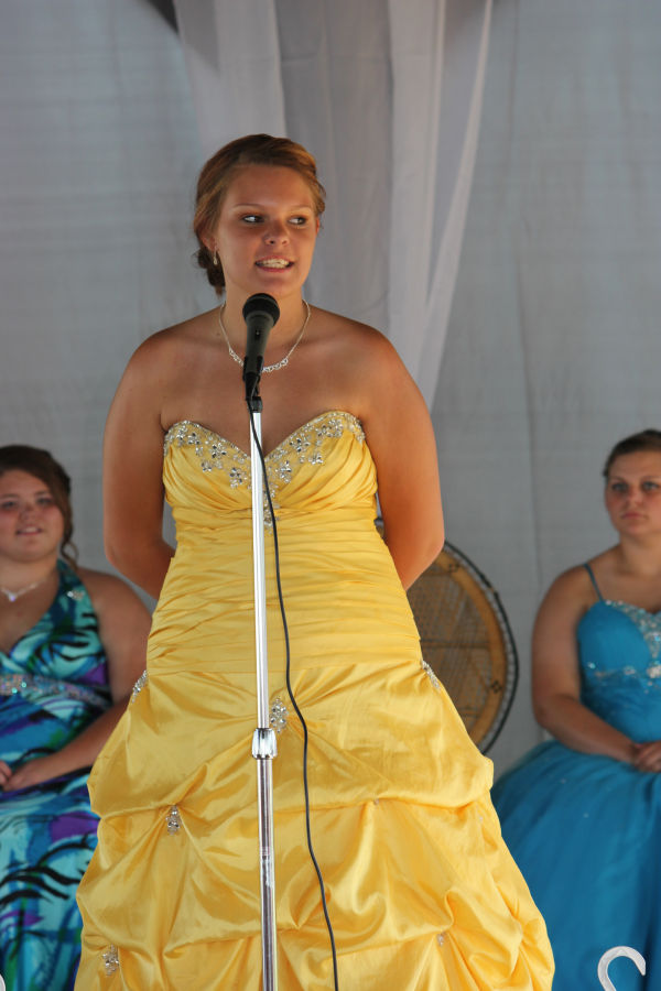 013 Franklin County Queen Contest.jpg