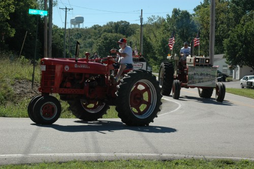 028 SCN tractors.jpg