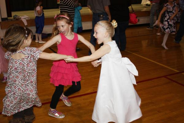 002 Union Family Dance 2014.jpg