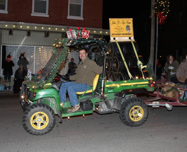 023 Holiday Parade of Lights 2013.jpg