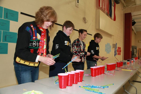 011 Minute to Win It St John Gildehaus 2014.jpg