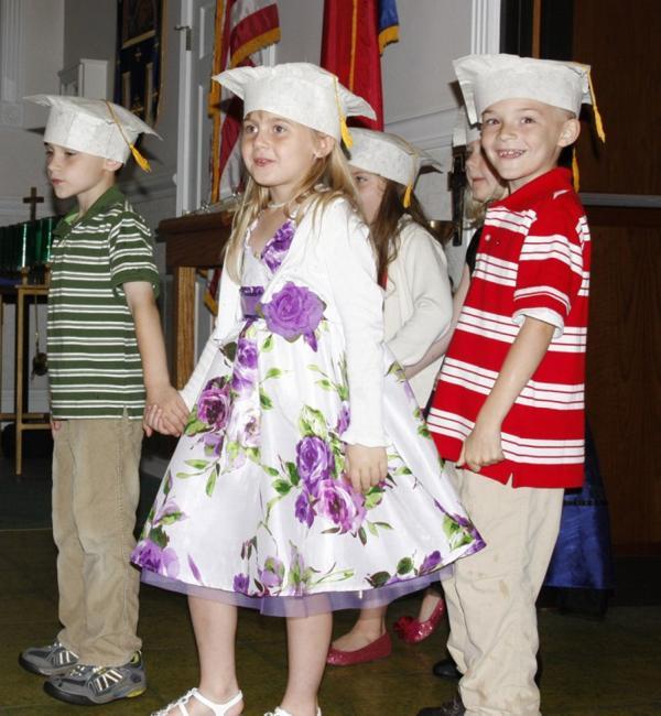 005 St. Gert Kindergarten Grad.jpg