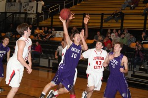 Jefferson City Edges Pacific