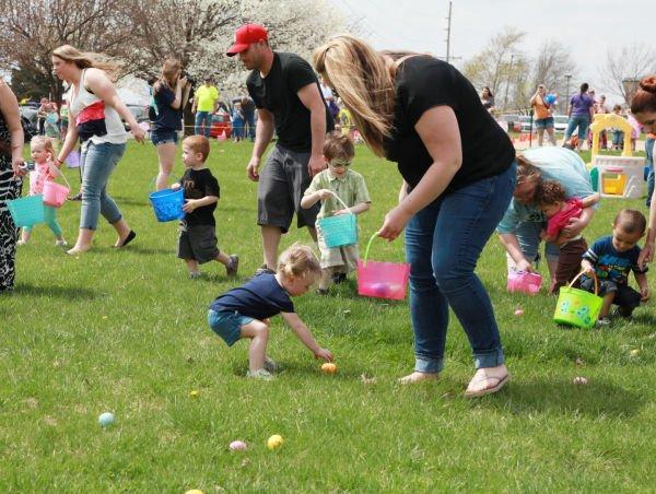 009 First Baptist Church Egg Hunt 2014.jpg