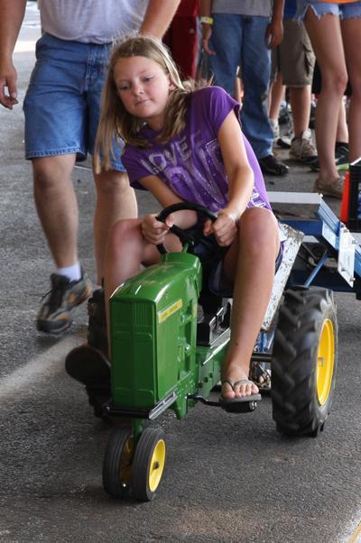 017 Fair Pedal Tractor.jpg