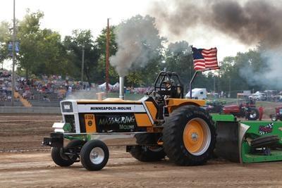 005 Fair Tractor Pull.jpg