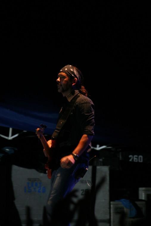 031Joe Nichols Plays TnC Fair 2011.jpg