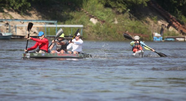 003 Race for the Rivers 2013.jpg