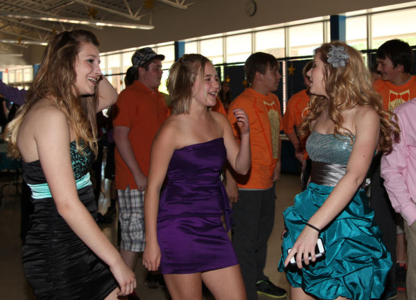 041 Washington Middle School Celebration.jpg