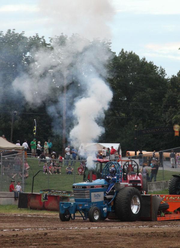 045 Tractor Pull Fair 2013.jpg