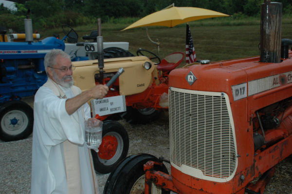 010 Tractors in St Clair.jpg