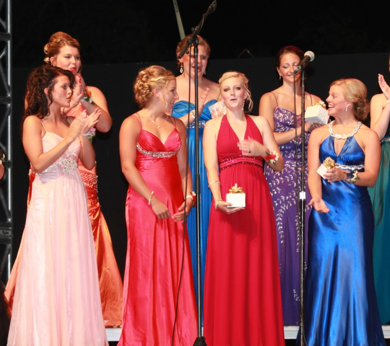 015 Fair Queen Contest.jpg