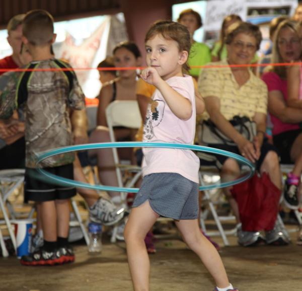 011 Fair Hula Hoop Contest 2014.jpg