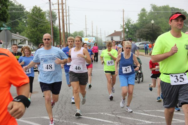 003 Relay for Life Run Walk 2013.jpg