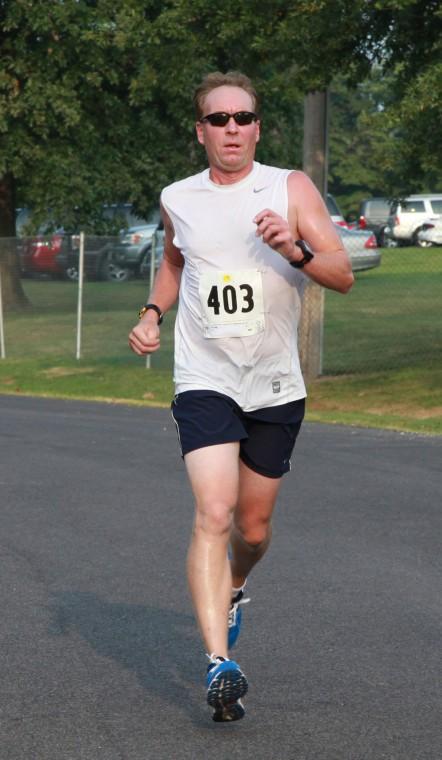 022 Run Walk Fair 2011.jpg