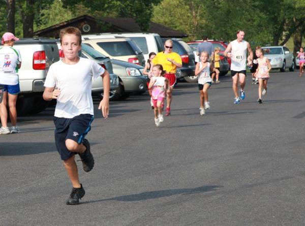 018 Fair Fun Run 2011.jpg
