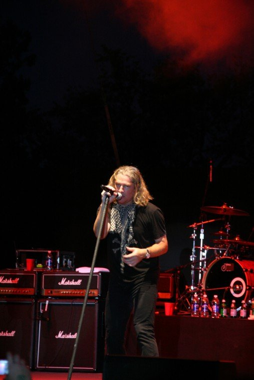 009Collective Soul Play TnC Fair 2011.jpg