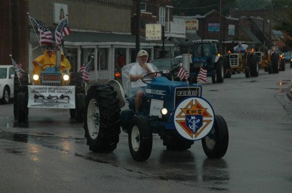 019 Tractors in St Clair.jpg