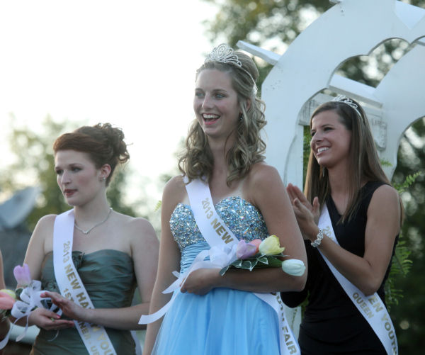 027 New Haven Youth Fair Queen Contest 2013.jpg