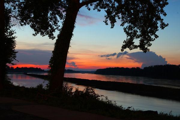 019 Sunset July 15.jpg