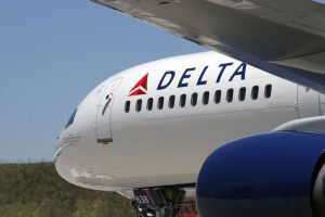 Delta cancels all Israel flights over missile fear