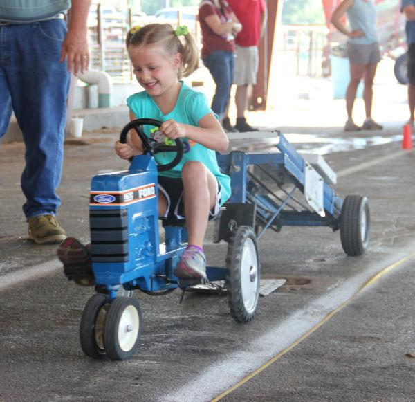 021 Pedal Tractor Pull 2013.jpg