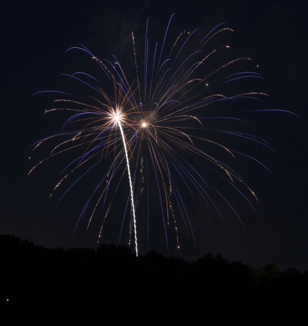 004 Washington MO Fireworks.jpg