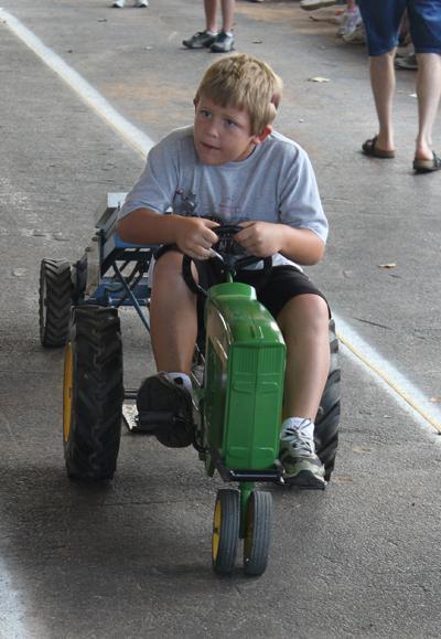 003 Fair Pedal Tractor.jpg