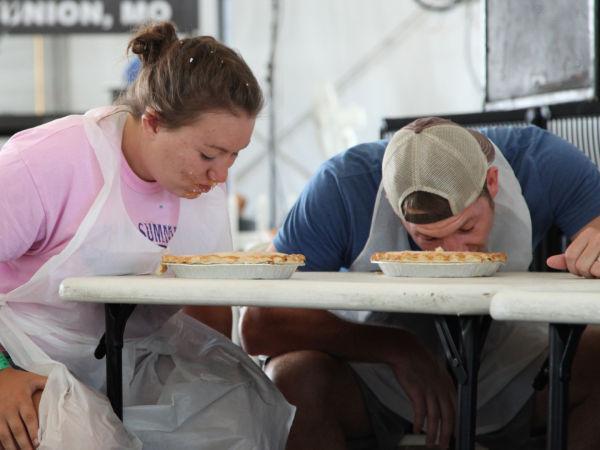 001 Pie Eating Contest 2013.jpg