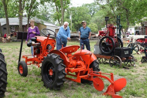 023 Labadie Tractor.jpg