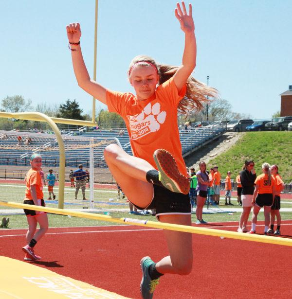 006 7th and 8th Grade Track and Field.jpg